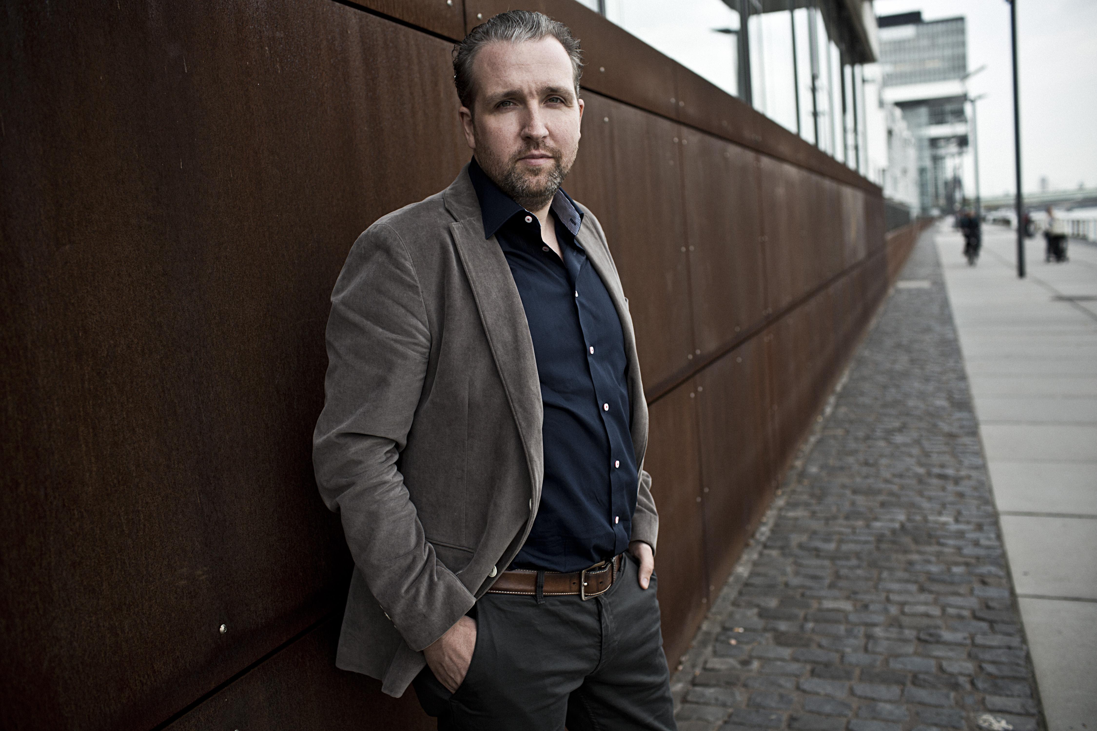 Sebastian Gahler Trio - Trust